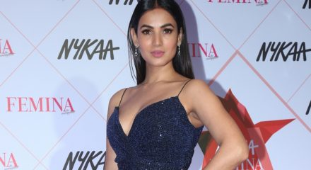 Sonal Chauhan was originally meant to sing with Arjun Kanungo