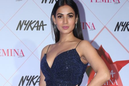 Sonal Chauhan at the Red Carpet of Femina Beauty Awards