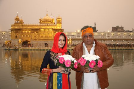 Amritsar: Actress Pooja Dadwal visits the Golden Temple in Amritsar
