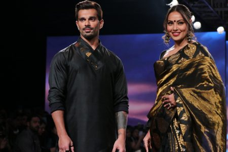 Bipasha Basu and Karan Singh Grover walks the ramp on Lakme Fashion Week