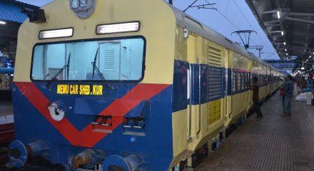 No passenger trains during 'janata curfew' on Sunday
