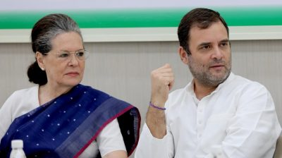 CWC: Sonia offers to step down, Manmohan urges her to continue