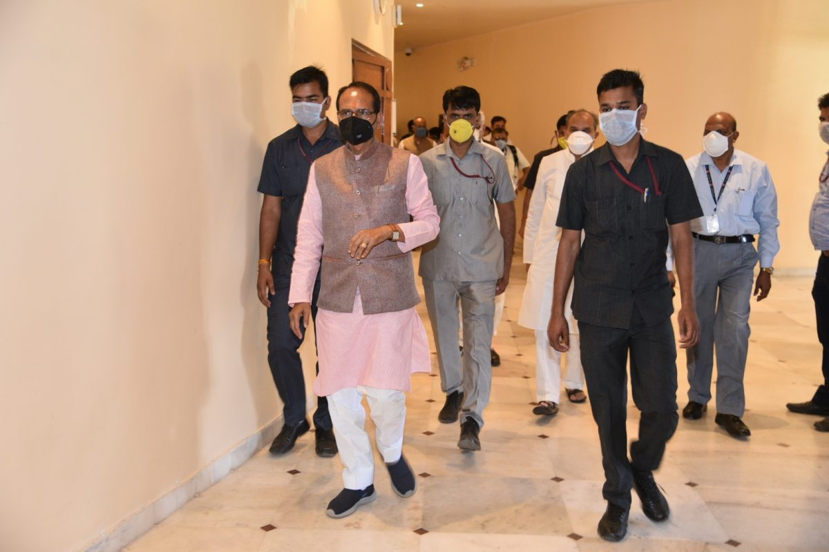 Shivraj returns to Bhopal as cabinet expansion delayed again