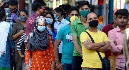 2,110 fined for not wearing masks in Delhi