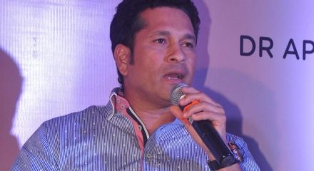 Tendulkar inaugurates COVID-19 plasma therapy unit at Mumbai hospital