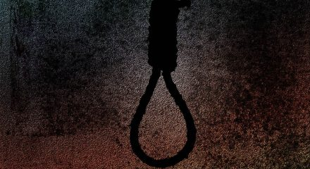 Couple found hanging at home in Kolkata, suicide note found