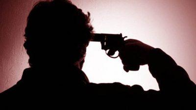 CRPF officer shoots himself in Kashmir