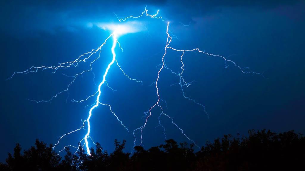 Lightning kills 83 in Bihar, 24 in UP amid thunderstorms
