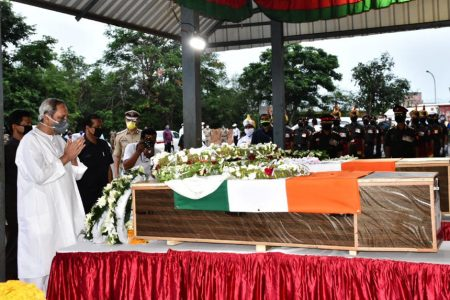 CM Naveen Patnaik pays tributes two Indian Army jawans from Odisha