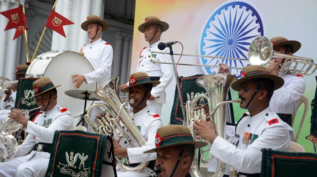 Kolkata: The Gorkha Training Centre Band performs during Independence Day celebrations at Jorasanko Thakur Bari, in Kolkata on Aug 7, 2020. (Photo: IANS)