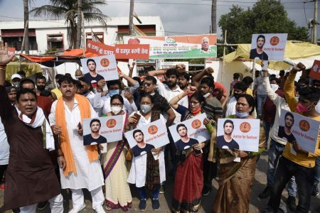 Karni Sena activists demanding CBI enquiry into the death of Sushant Singh Rajput
