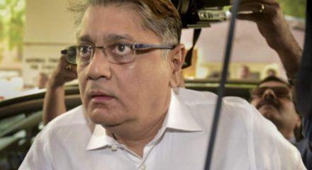 Delhi HC refuses Deepak Kochhar's plea for treatment at private hospital