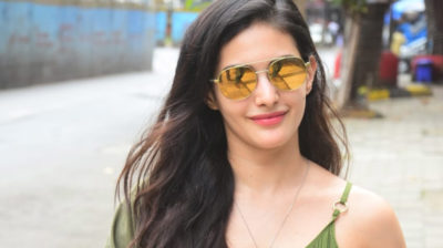 Mumbai: Actress Amyra Dastur seen at Bandra in Mumbai on Oct 5, 2020. (Photo: IANS)