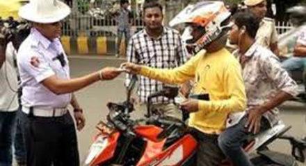 Odisha STA warns to suspend DL if pillion rider found helmetless