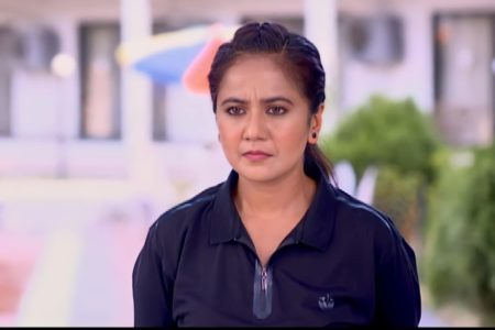 Ranju Ki Betiyaan- Bulbul is Narayan Shukla's Personal Assistant