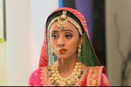 Ranju Ki Betiyaan- Shalu is dressed up as a bride